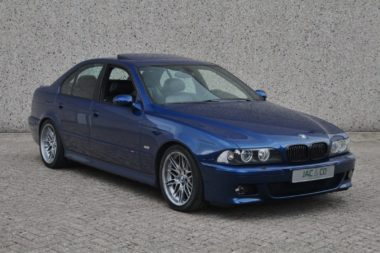 BMW M5 e39 4.9 V8