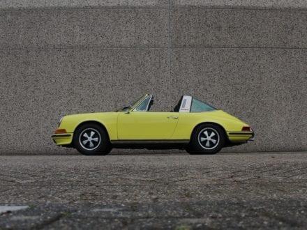 Porsche 911T 2.4 Targa ölklappe
