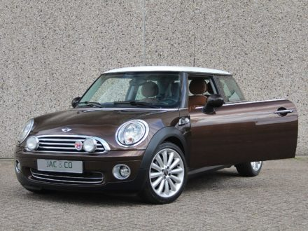 Mini Cooper Mayfair 120pk