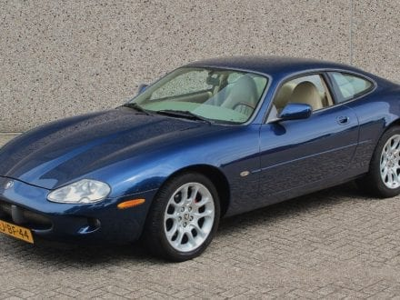 Jaguar XK8 4.0 V8