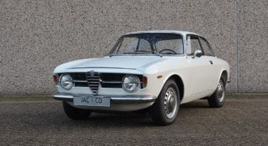 "Alfa Romeo GT 1300 Junior ""Scalino"""